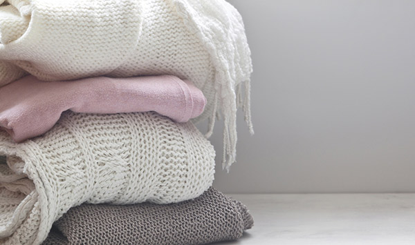 woolens laundry shine laundry Shine Laundry provides doorstep pick up and delivery service, so you don't have to lug your bulky winter clothes to the dry cleaner and make another trip to pick them up after dry cleaning.